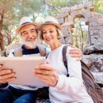 Top senior's health and safety tips while travelling